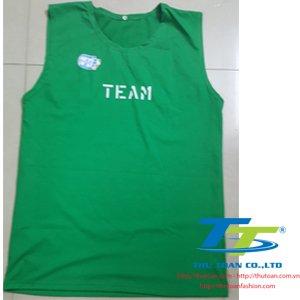 Thu Toan - Ao thun ba lo xanh la